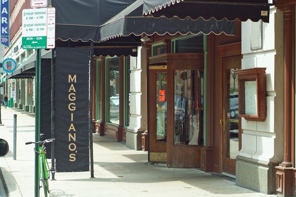 maggiano 39 s little italy restaurant market east. Black Bedroom Furniture Sets. Home Design Ideas